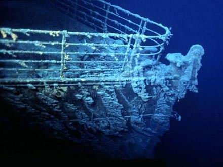 A Titanic roncsa 95 éve pihen 4000 méteres mélységben. A roncsot húsz éve találták meg